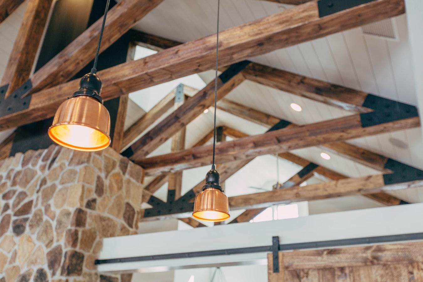 Väzníková alebo klasická strecha? Výhody a nevýhody