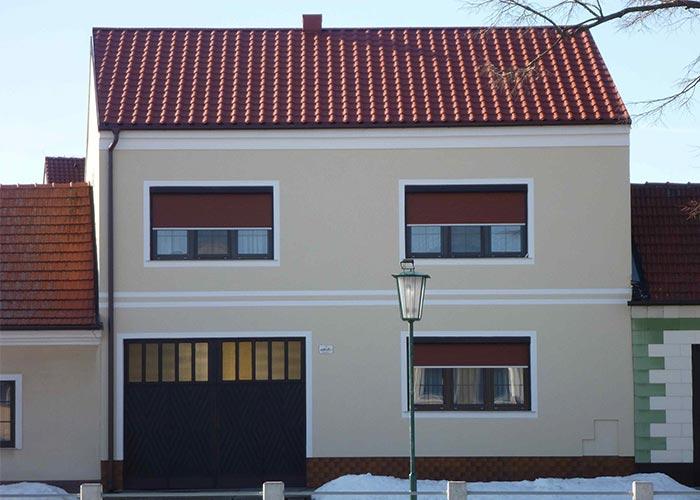 Údržba plechovej strechy pred zimou