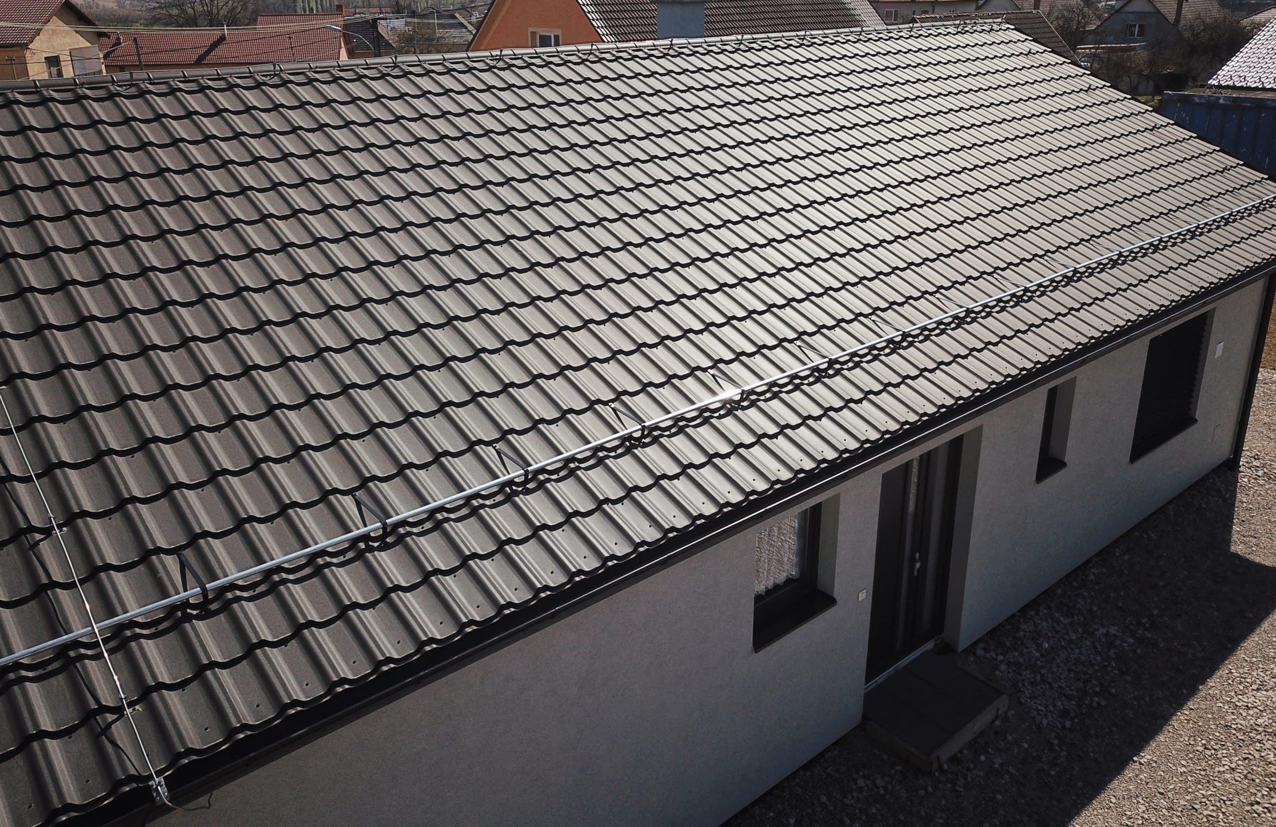 Koľko stojí nová strecha (100 m2) so všetkými nákladmi na ňu?