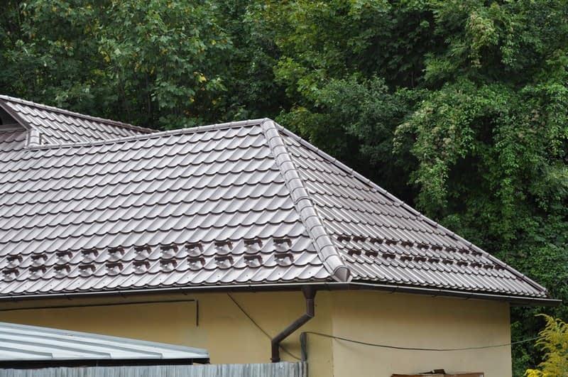 Koľko stojí nová strecha na starý dom?